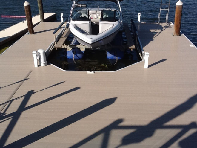 Boat Dock with Eagle Floats | Winn Decking